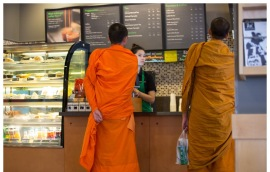 Тайские монахи любят старбакс